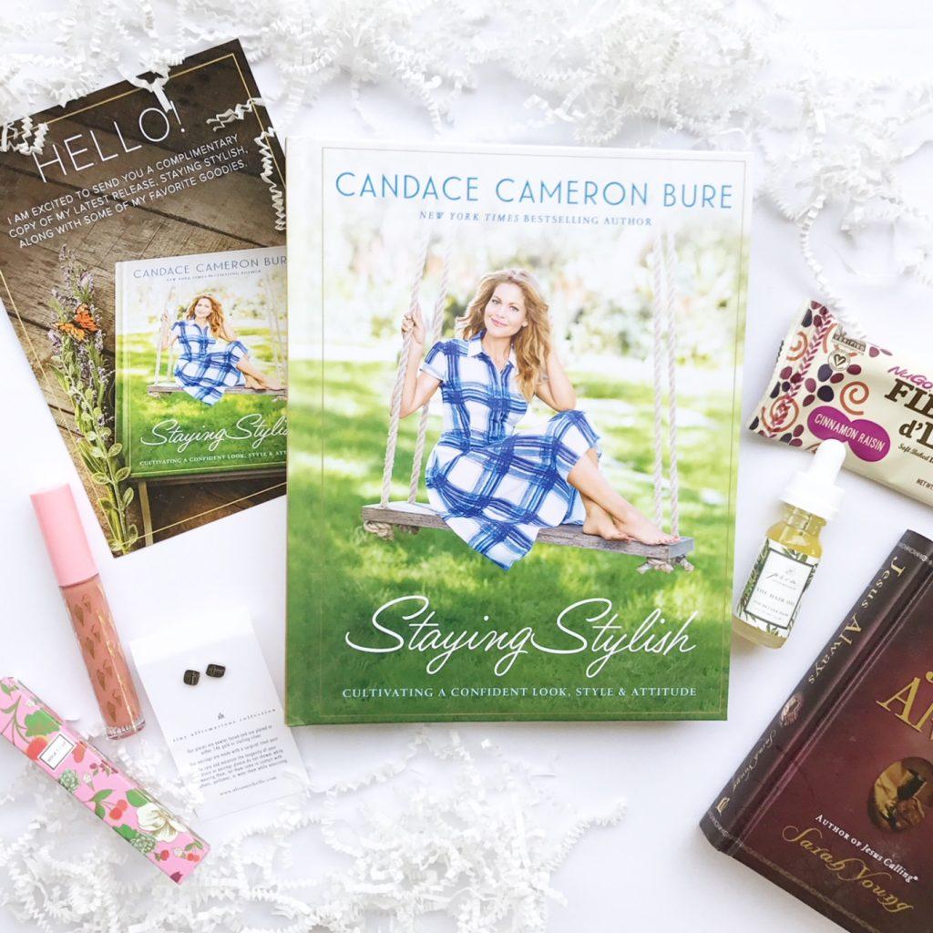 Staying Stylish with Candace Cameron Bure | tamaramenges.com/blog