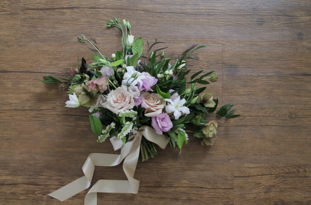 Neutral Garden Bouquet