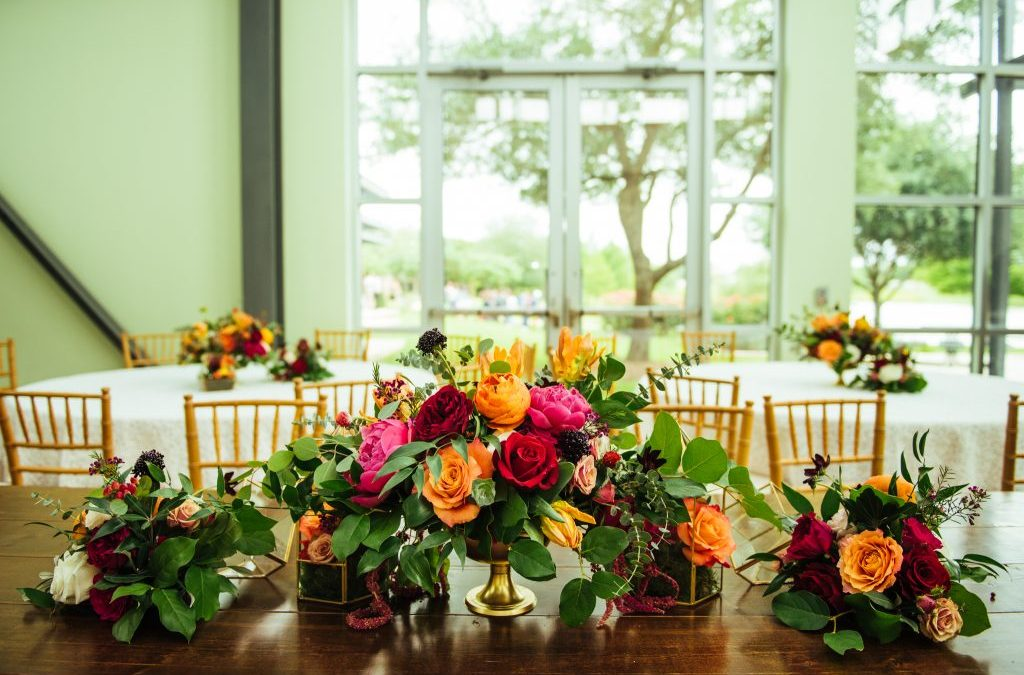 Maria and Jose's Bold and Vibrant Stateside Reception
