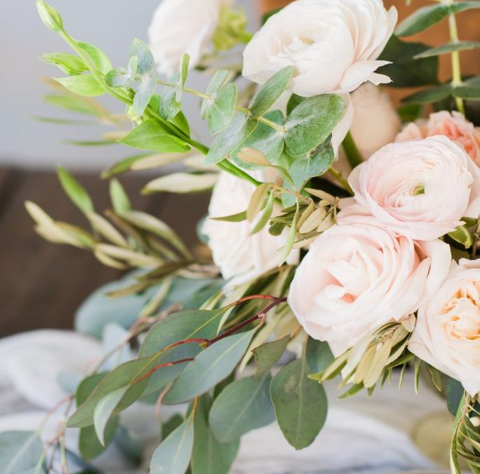 Airy Heirloom Romance Styled Shoot with Garnished Event and Kati Hewitt Photo
